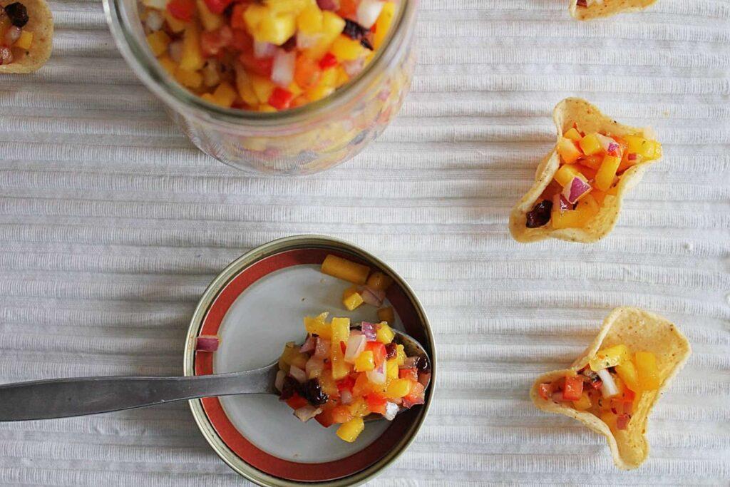 111315 the best mango salsa